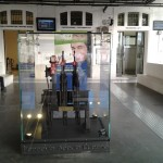 Vecchi scambi manuali nella ristrutturata Stazione di Bari Centrale